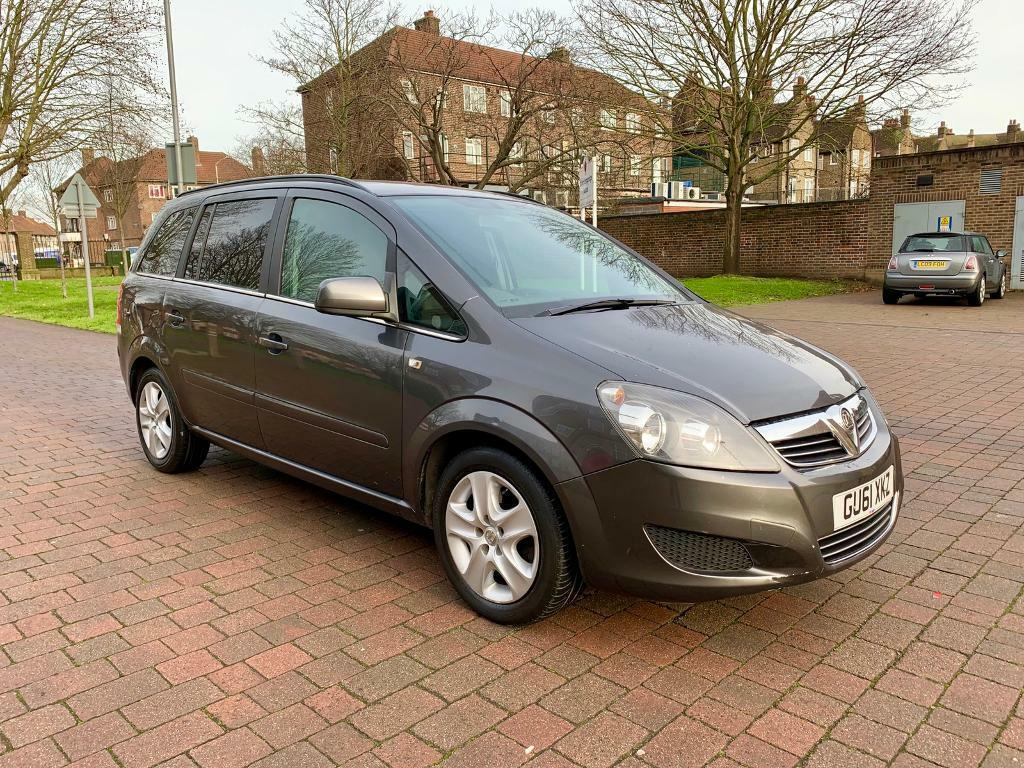 2011 Vauxhall zafira exclusive eco flex 1.7 diesel 6 speed manual service  history long mot 110bhp