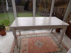 Distressed Wooden White Dining Table (Seats 6)