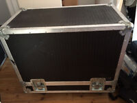 Flight case for 2x12 guitar cab or combo
