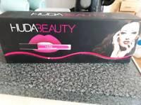 Huda Beauty matt lipgloss set