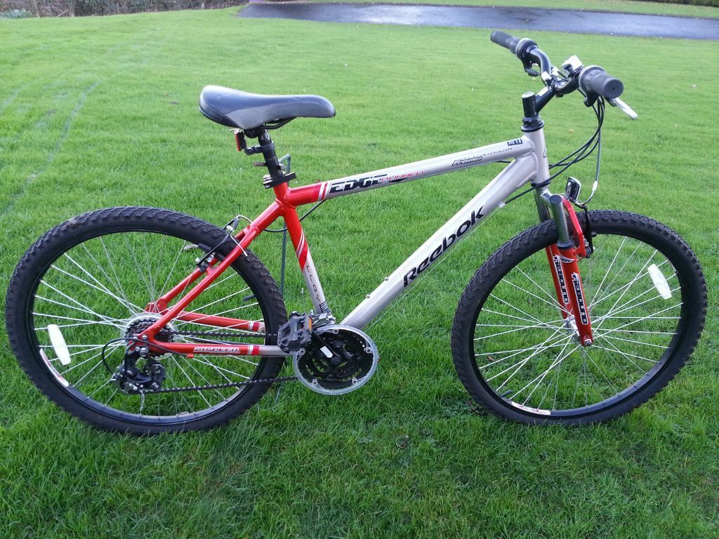 Mens Reebok Edge Runner Mountain Bike Immaculate Condition In