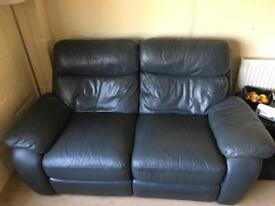 Navy 2 & 3 seater reclining sofas