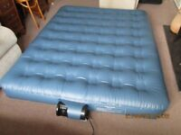 Inflatable double bed/mattress, including travel bag and cover