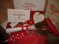 Valentine's Day Mini Gift Box for Girlfriend/Boyfriend, Husband/Wife, Lover