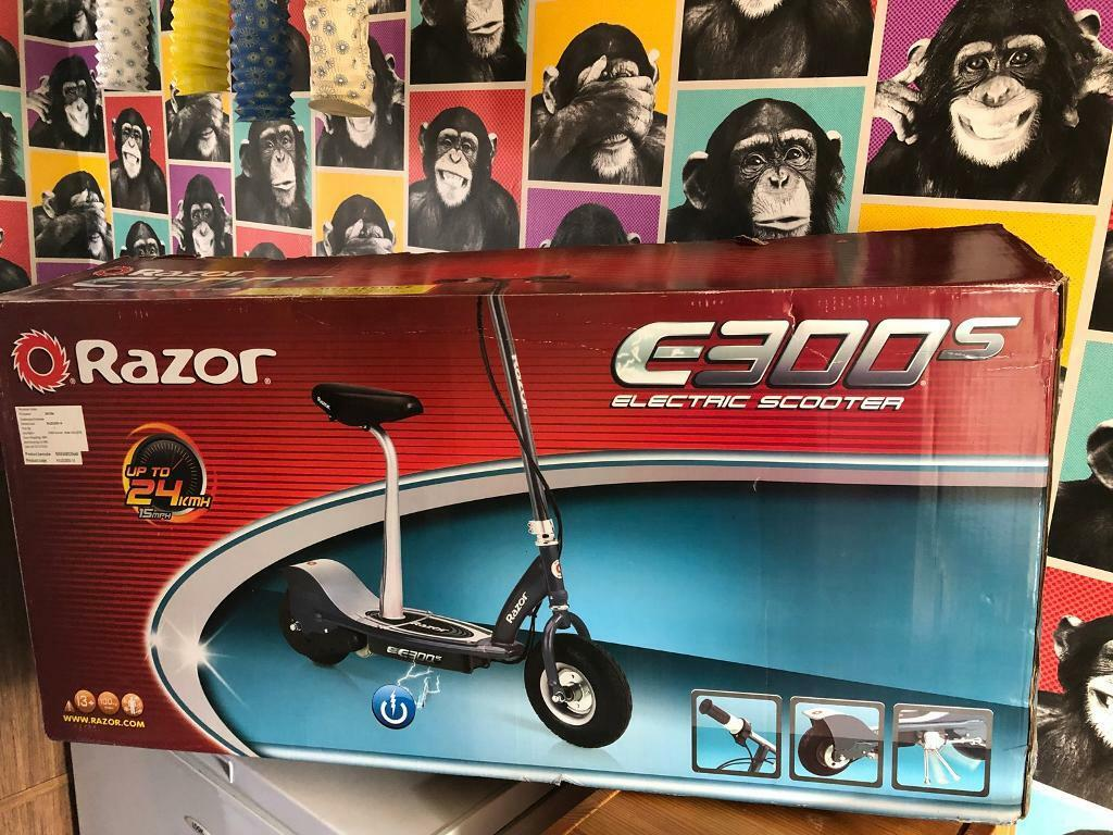 Razor E300s electric scooter | in Guildford, Surrey | Gumtree