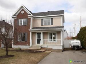 374 000$ - Maison 2 étages à vendre à Boucherville