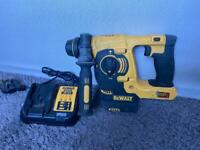 Dewalt dch253 sds drill including charger