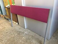 FLOOR STANDING OFFICE DESK DIVIDER / PRIVACY SCREEN 1600MM WIDE
