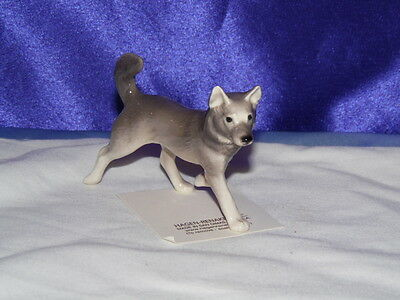 Hagen Renaker Sled Dog  Figurine Miniature 03335 Porcelain Ceramic NEW