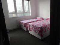 NEED TO MOVE NOW???!!!TWIN ROOM IN BETHNAL GREEN!!SPRING PROMOTION: NO DEPOSIT!!!!