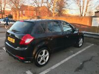 KIA CEE'D 2010 BLACK 1.6 DIESEL AUTOMATIC (CAT D) - PERFECT FIRST CAR
