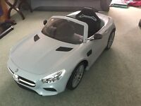 Kids Mercedes Remote Control Ride-On