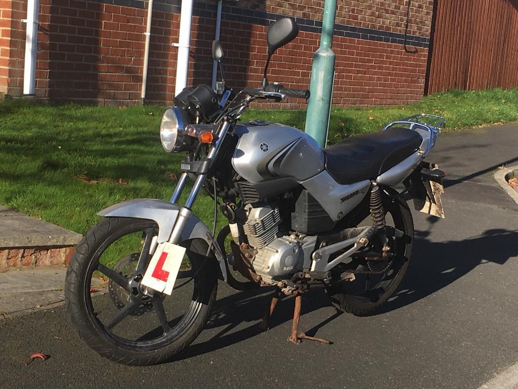 Yamaha YBR 125 (sold pending collection)