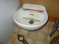 Small hand Wash Basin