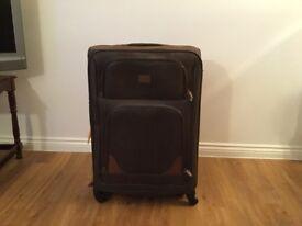 """Kangool suitcase used once size 29""""x20""""x"""