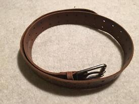 Men's leather distressed belt
