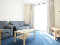 **AVAILABLE IMMEDIATELY**FURNISHED** 4 DOUBLE BEDROOMS with OFF ROAD PARKING and PRIVATE GARDEN!!!!