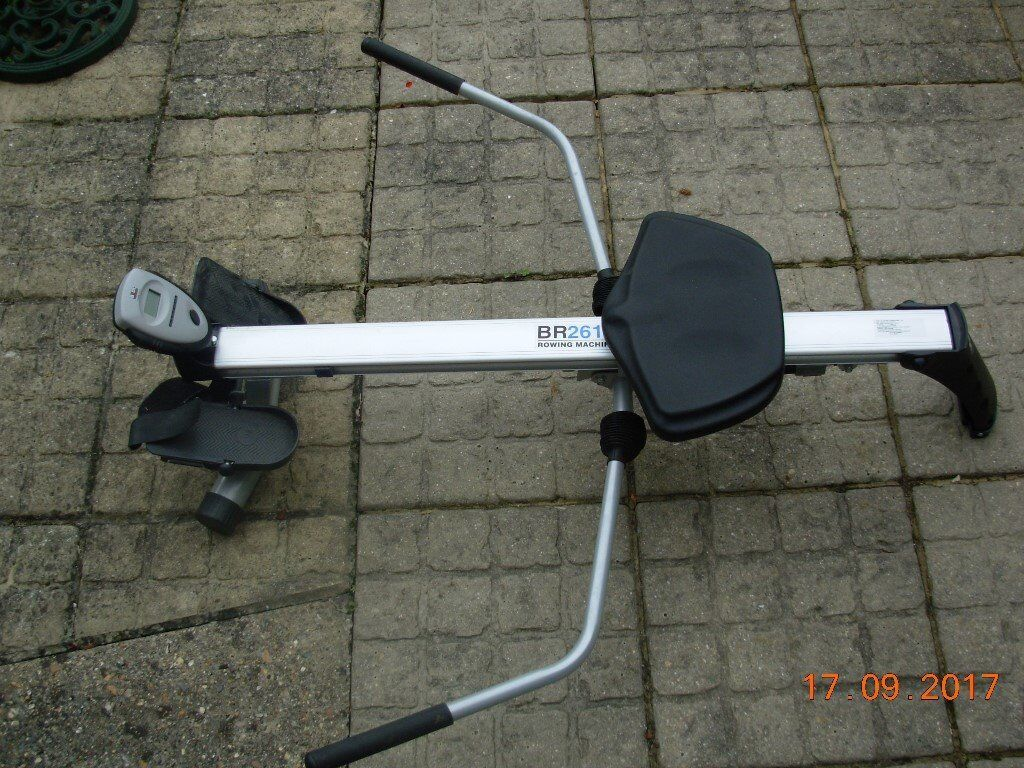 BR2610 rowing machine
