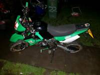 125 cc road legal pitbike absoulty mint