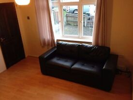 1 Large Double Bedroom House (Council Tax Incl)