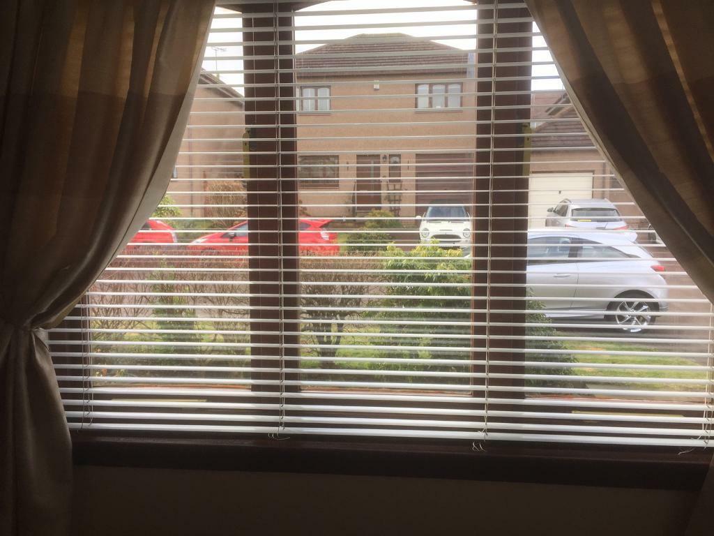 Blind Venetian 3 Window Blinds 172cm W X 115cm D Ivory In