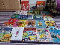Book bundle inc Christmas books (26 books)