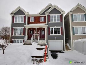 266 000$ - Jumelé à vendre à Mont-St-Hilaire