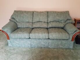 3 Seater Fabric Sofa & 2 Chairs in green. Good condition & very comfotable.