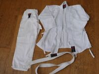 Child's small Judo uniform kit - trousers and jacket. small size (under 10)