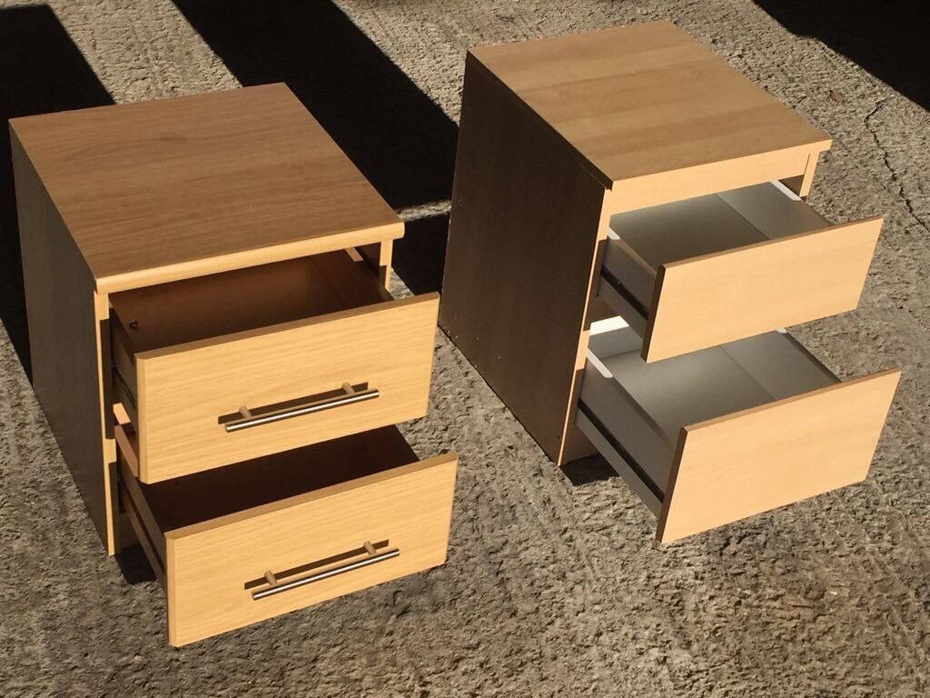 Bedside table / small chest of drawers