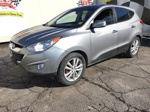 2013 Hyundai Tucson Limited, Automatic, Navigation, Leather, AWD