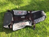 Golf club travel bag with wheels