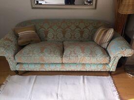 Sofa for sale in centre of Farnham