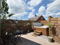 Holiday cottage to rent with private hot tub