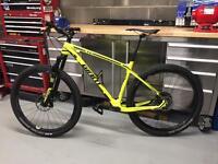 2016 Giant XTC Advanced SL Hardly Used Size M XC Bike