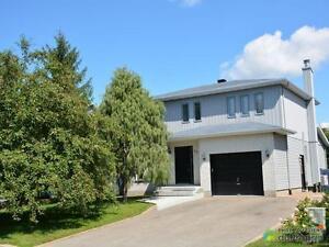489 000 maison 2 tages vendre candiac - Maison Moderne Candiac