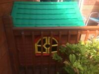 Playhouse in excellent condition