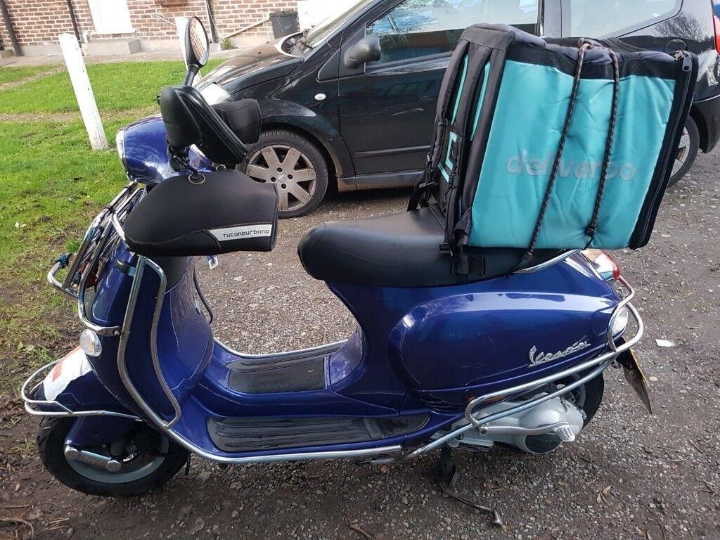 Piaggio Vespa Et4 Blue Motorcycle Good Condition Plus