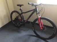 Voodoo ladies women's commuter bike best on gumtree light weight bargain