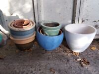 Bundle of flower pots