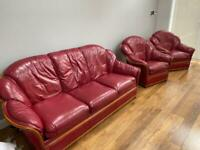 Leather sofa - 3 Seater and 2 chairs - originally from world of leather,