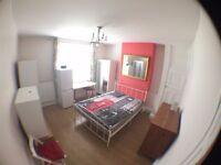 SW6 6JA_NICE DOUBLE ROOM FOR A COUPLE