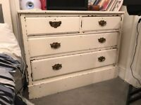 "Pretty ""shabby chic"" chest of drawers"