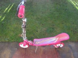 SPACE SCOOTER EX CONDITION Girls pink
