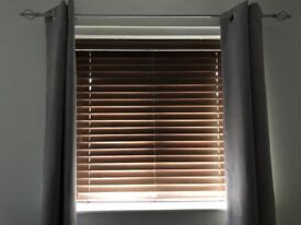 Wooden slat vientian blinds