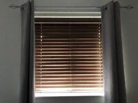Wooden slat vientian blinds