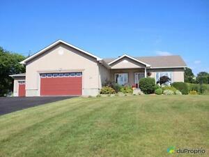 519 900$ - Bungalow à vendre à Aylmer Gatineau Ottawa / Gatineau Area image 2