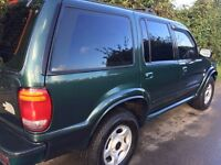 V Ford Explorer Automatic 4x4, P.A.S, cruise control, Leather, 12 months MOT