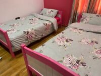 Bunk bed/ single bed