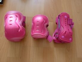 The SFR Essential Knee, Wrist and Elbow Triple Pad Set – Pink Medium